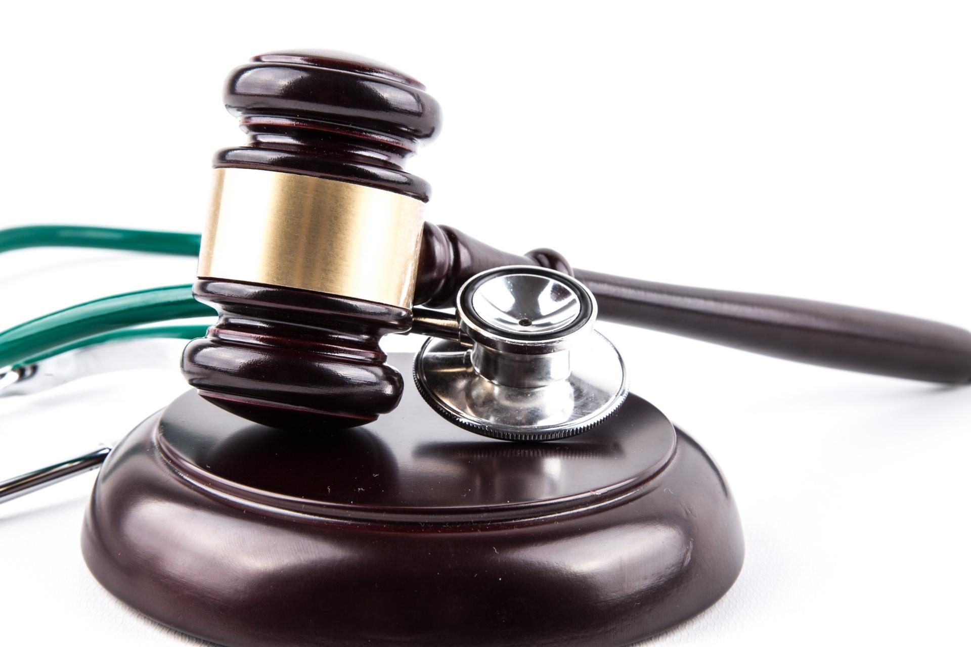 stethoscope-and-gavel