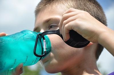 Carafe filtrante ou purificateur d'eau ?